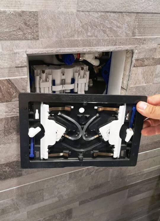 Beépített WC. tartály javítás